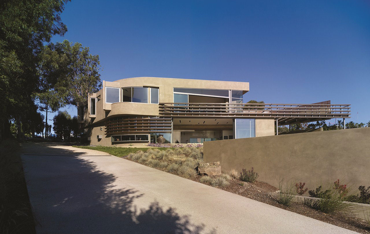Point Dume Residence by Griffin Enright Architects (1)