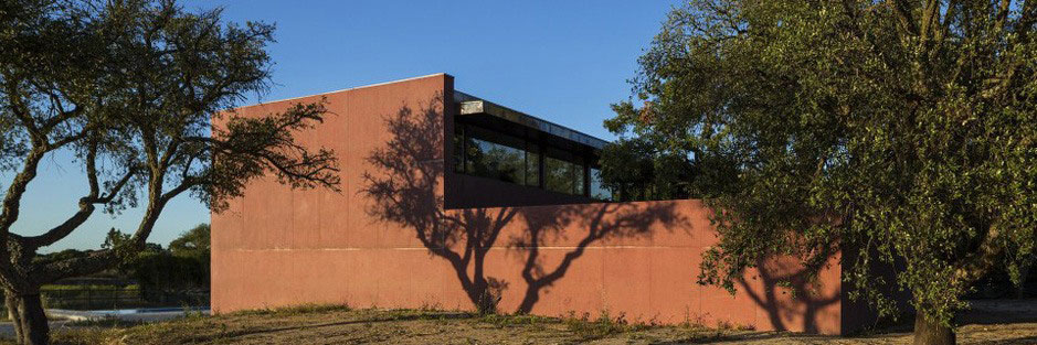Three Courtyards House by Miguel Marcelino (2)