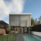 105 V House by Shaun Lockyer Architects (1)