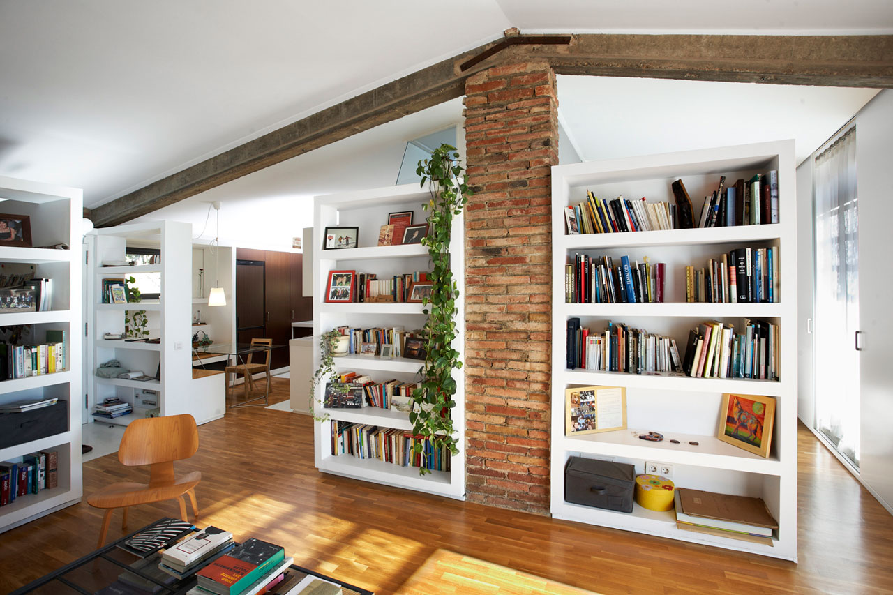 A Reformed Home in a Barn by Sauquet Arquitectes