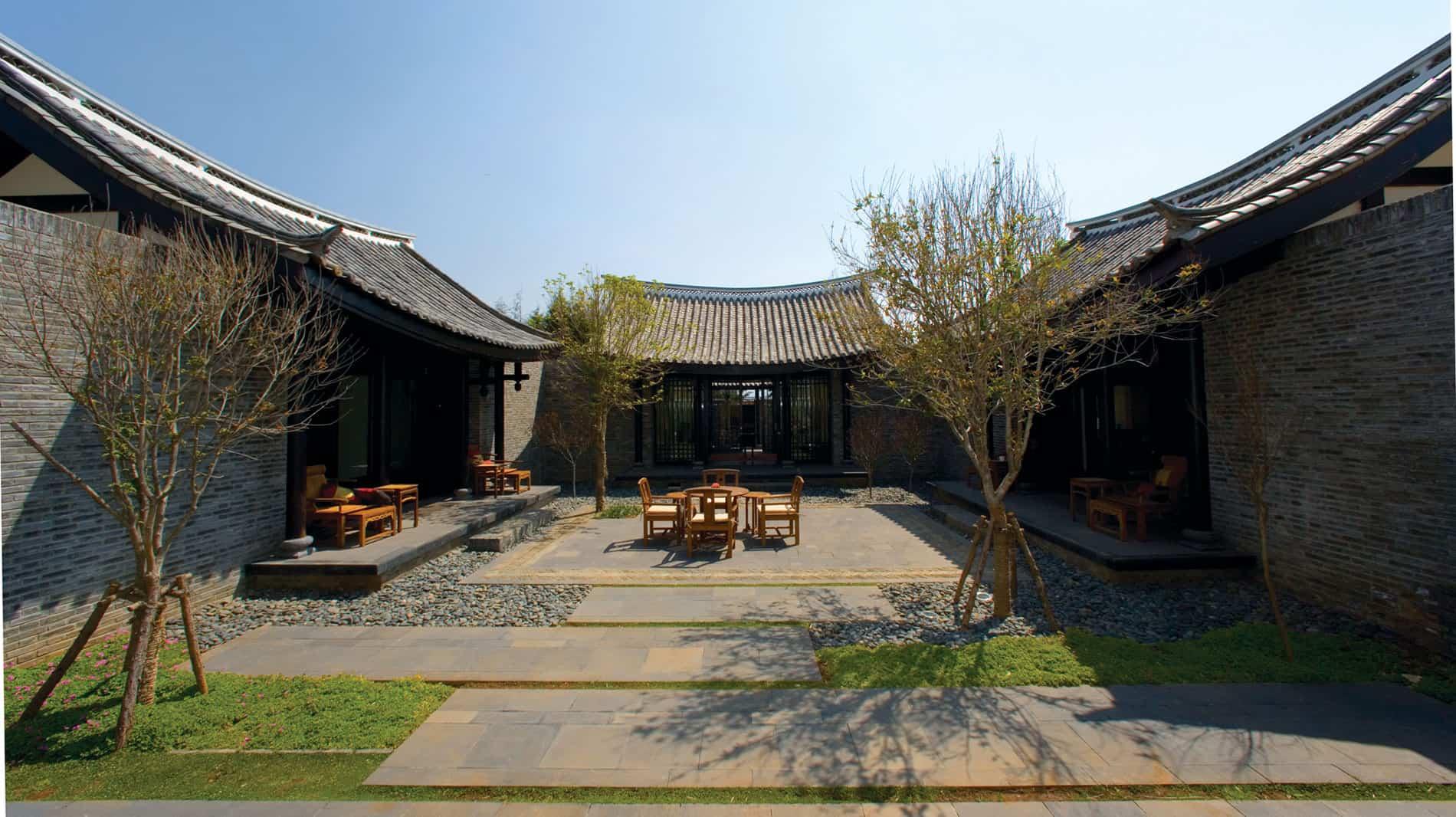 Banyan Tree Lijiang Resort in Lijiang, China (5)