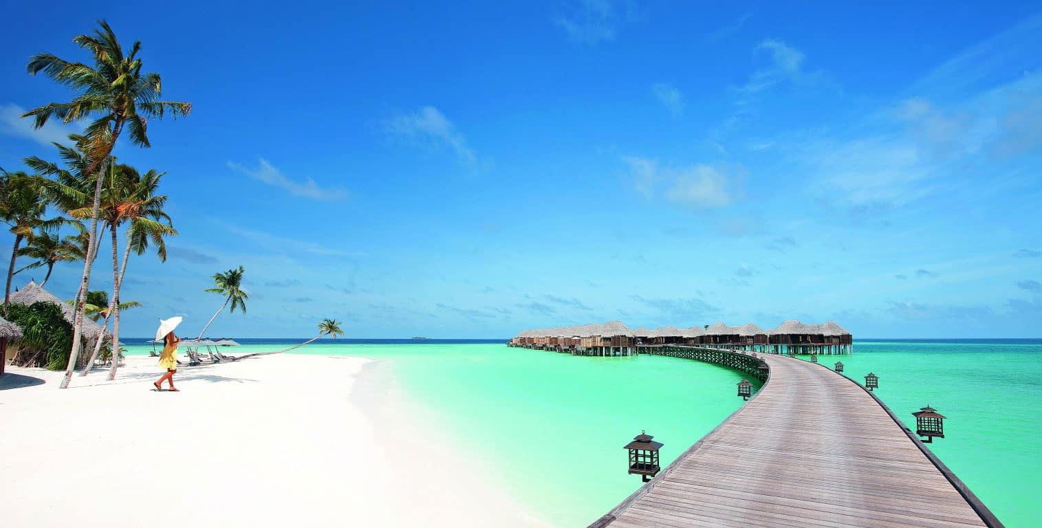 Constance Halaveli Maldives Resort in the Maldives (5)