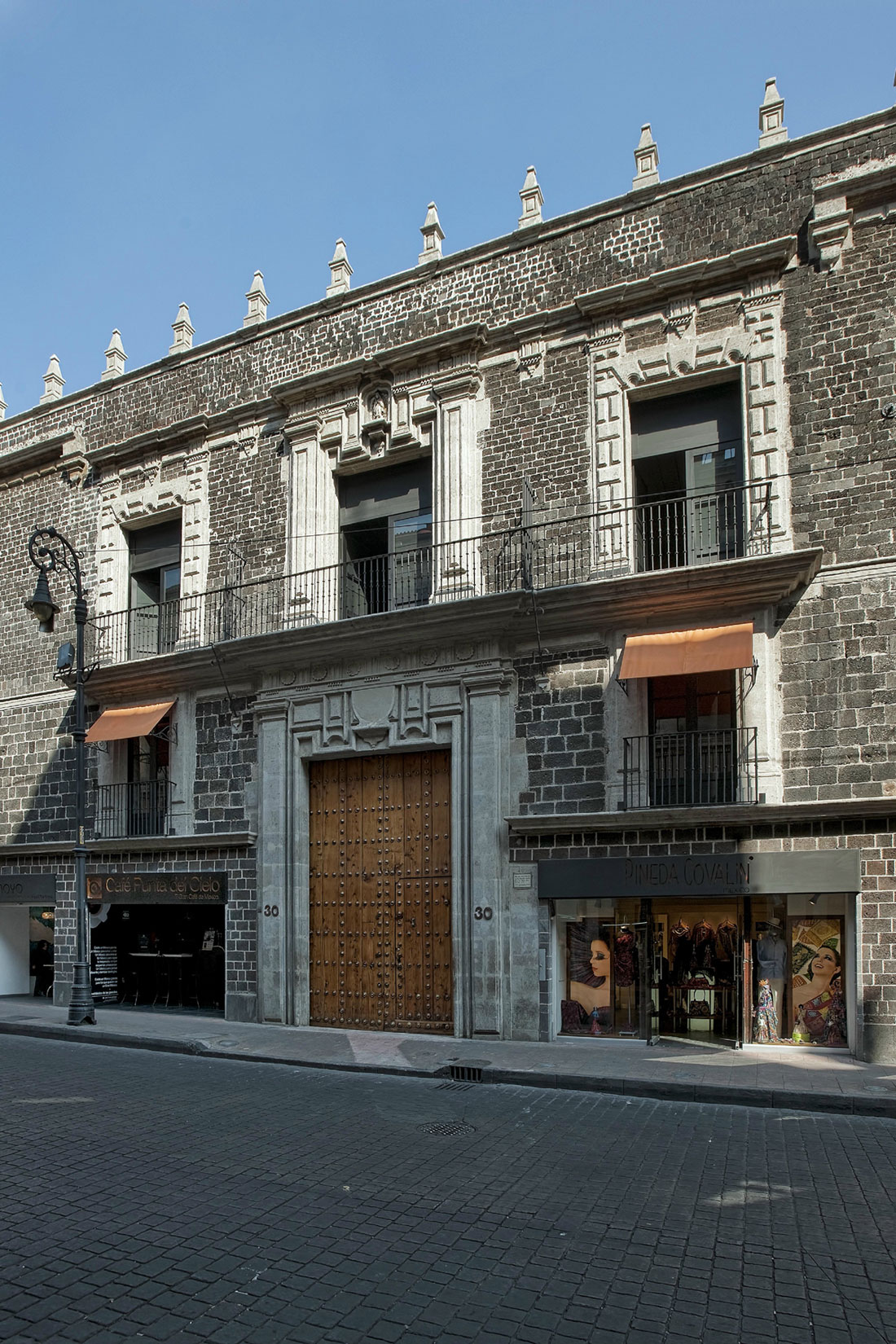 Downtown Mexico by Cherem Serrano Arquitectos (2)
