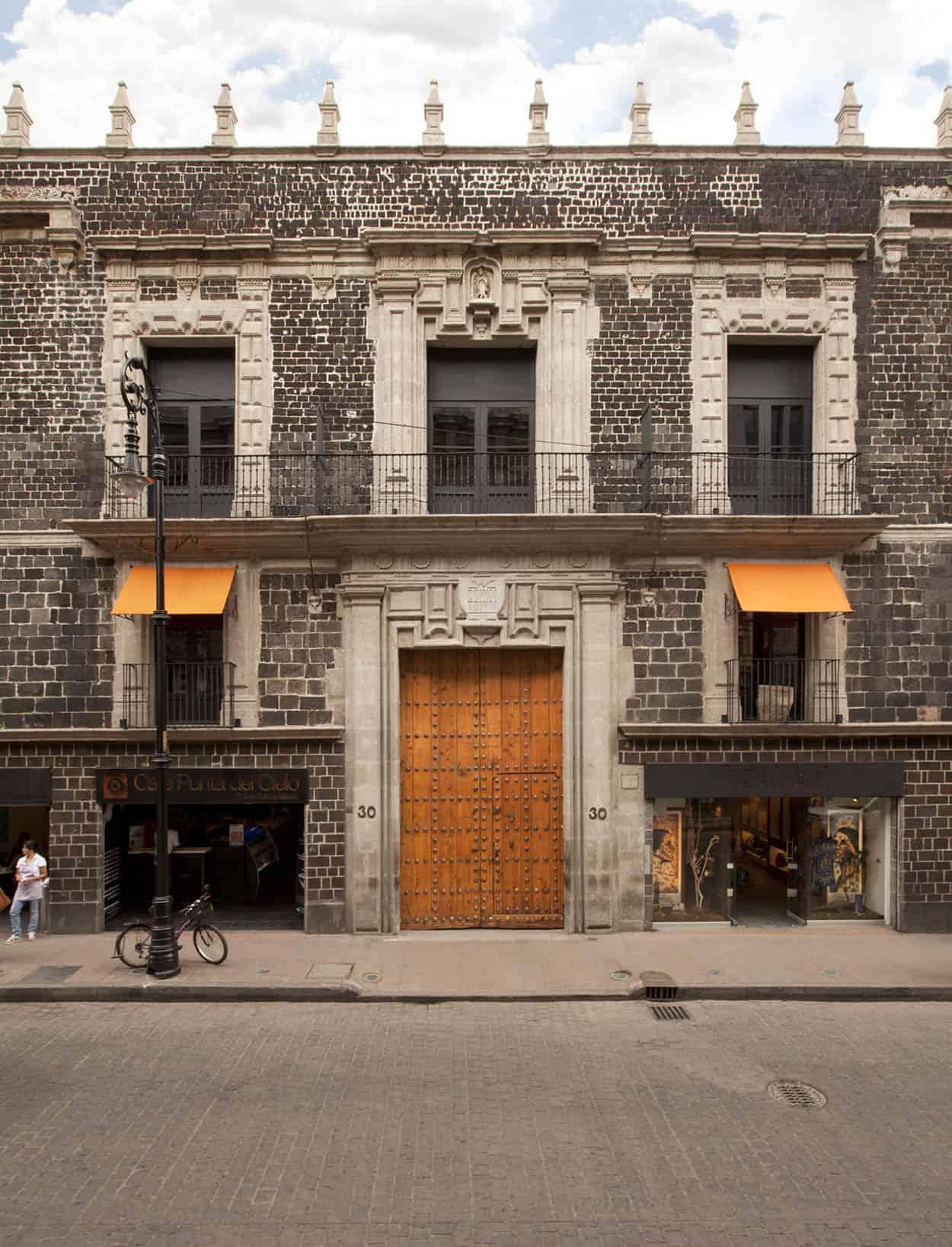 Downtown Mexico by Cherem Serrano Arquitectos (3)