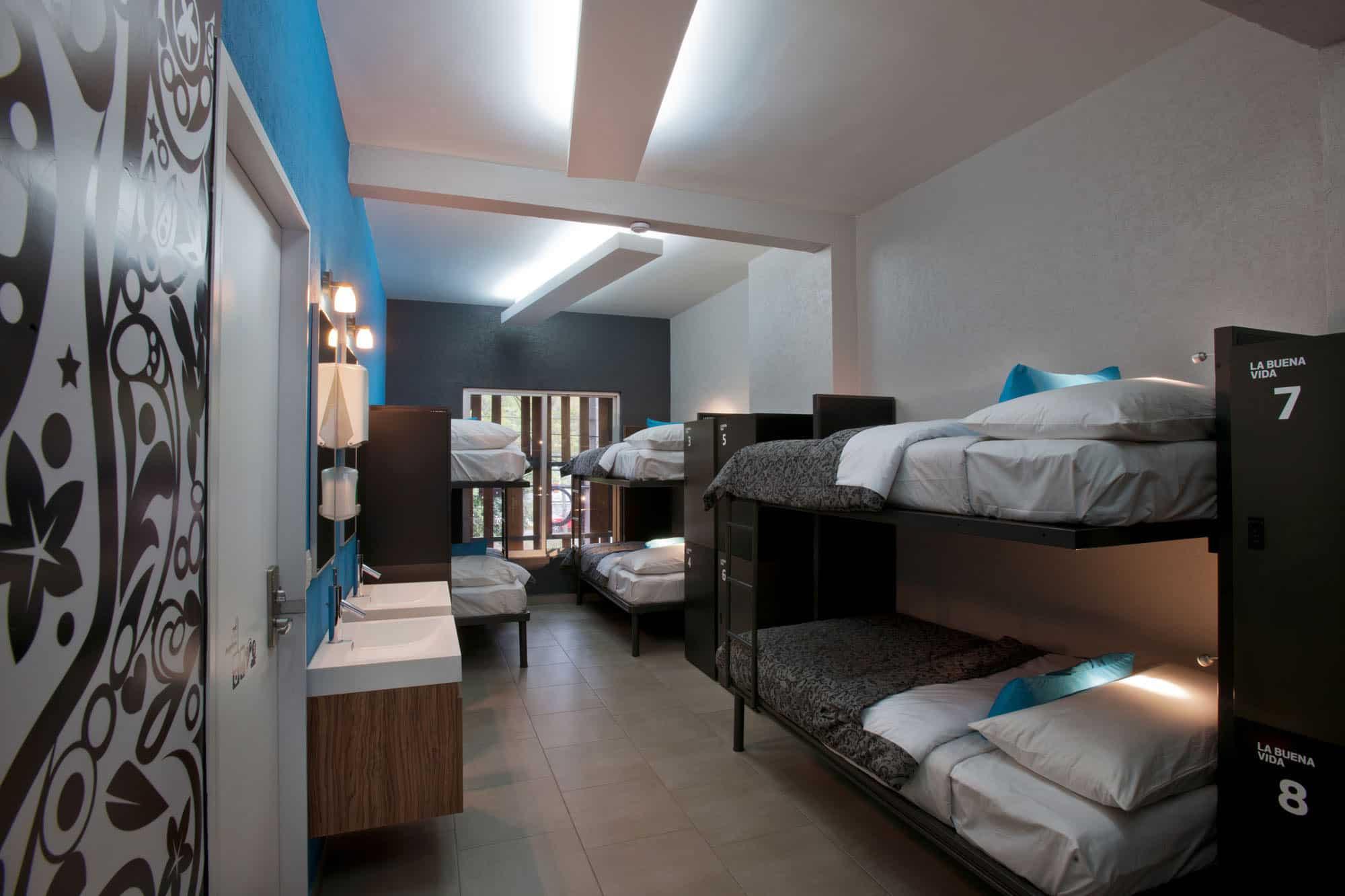 Hostal La Buena Vida by ARCO Arquitectura Contemporánea (6)