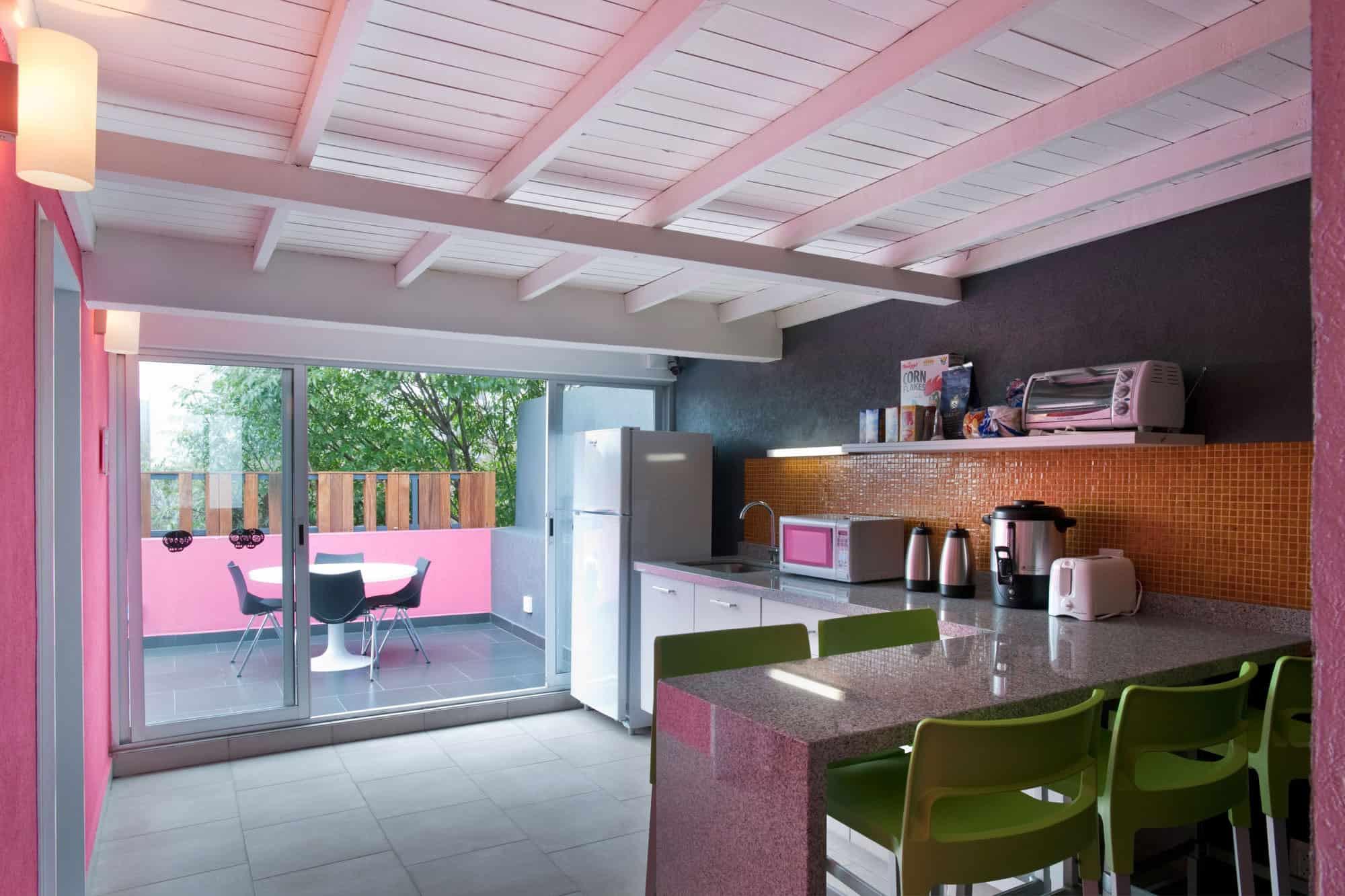 Hostal La Buena Vida by ARCO Arquitectura Contemporánea (9)