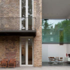 House on Bassett Road by Paul+O Architects (3)