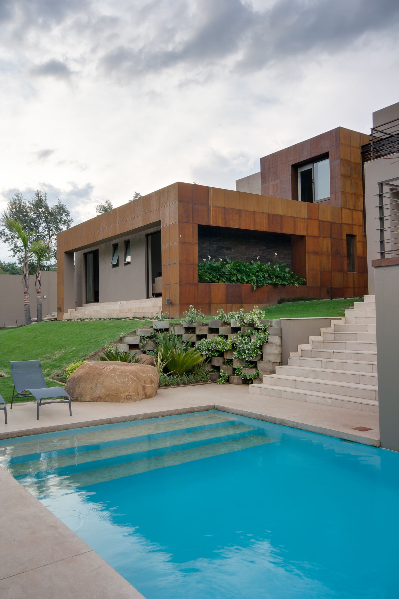 House Sed by Nico van der Meulen Architects (5)
