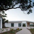 House in Tavira by Vitor Vilhena Architects (2)