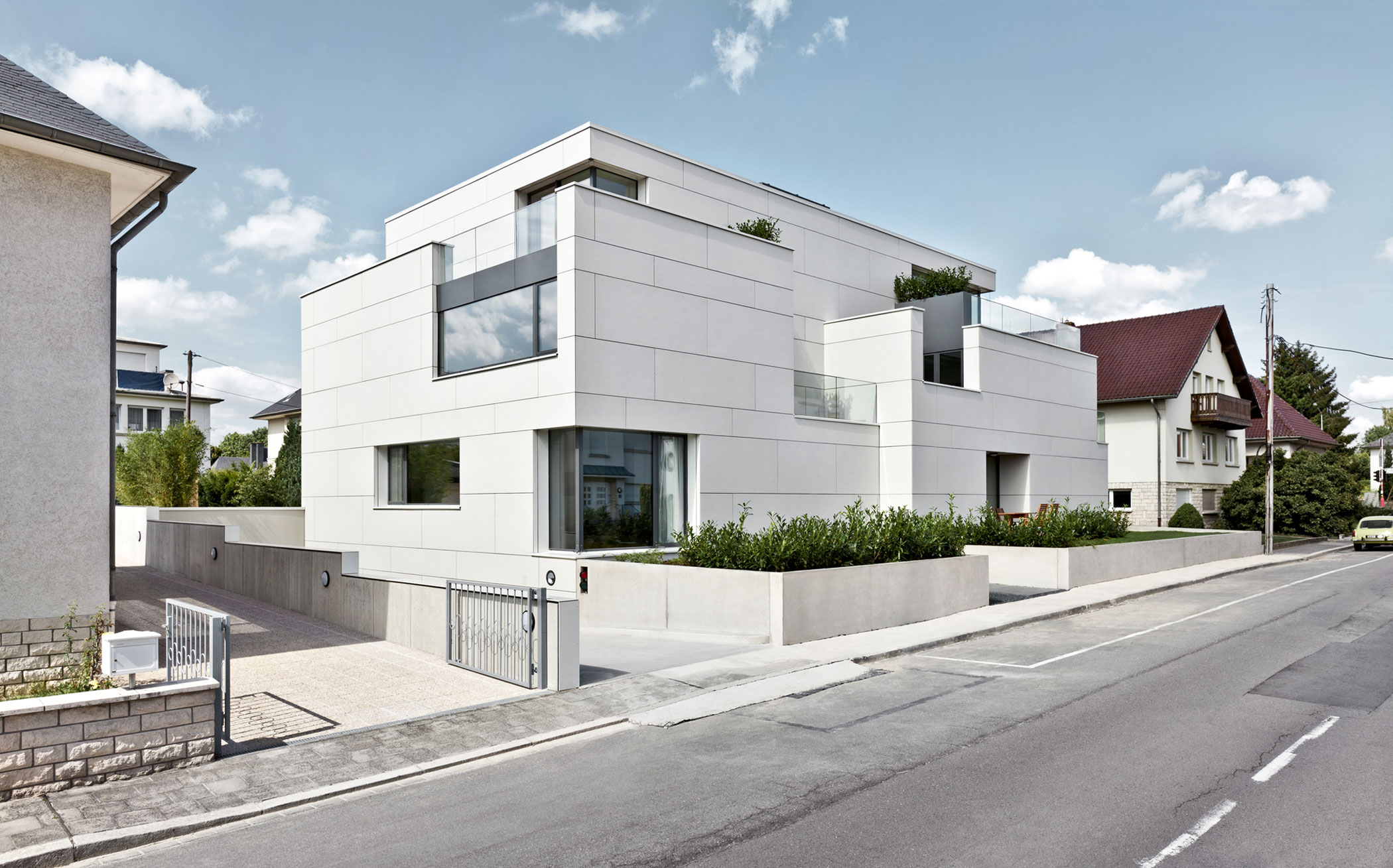 Housing building of seven units by METAFORM architecture (2)