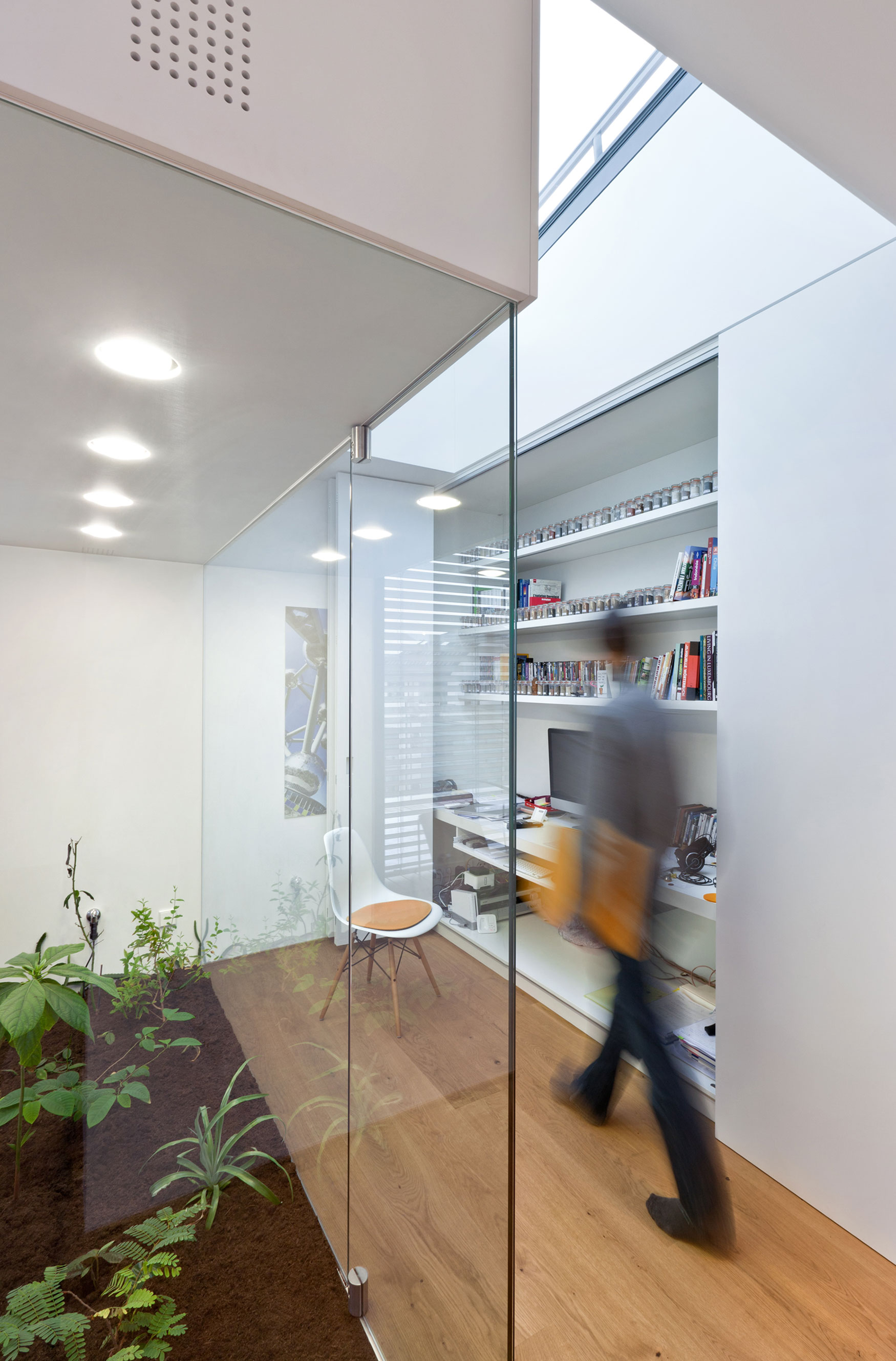 Housing building of seven units by METAFORM architecture (18)