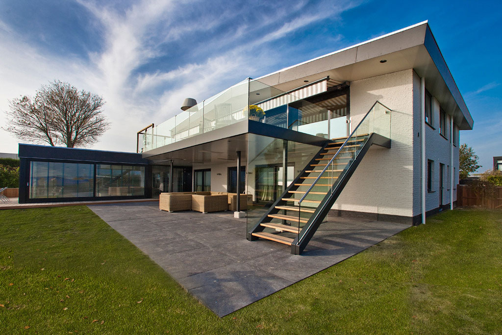 Holiday Wellness Villa by Centric Design Group (2)