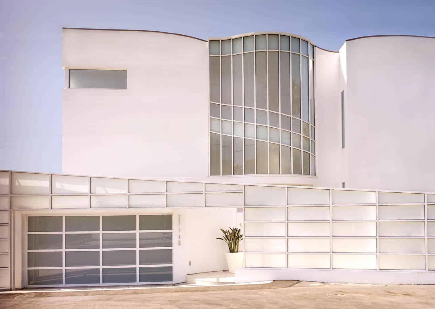 Malibu Beach House by Jamie Bush & Co. (1)