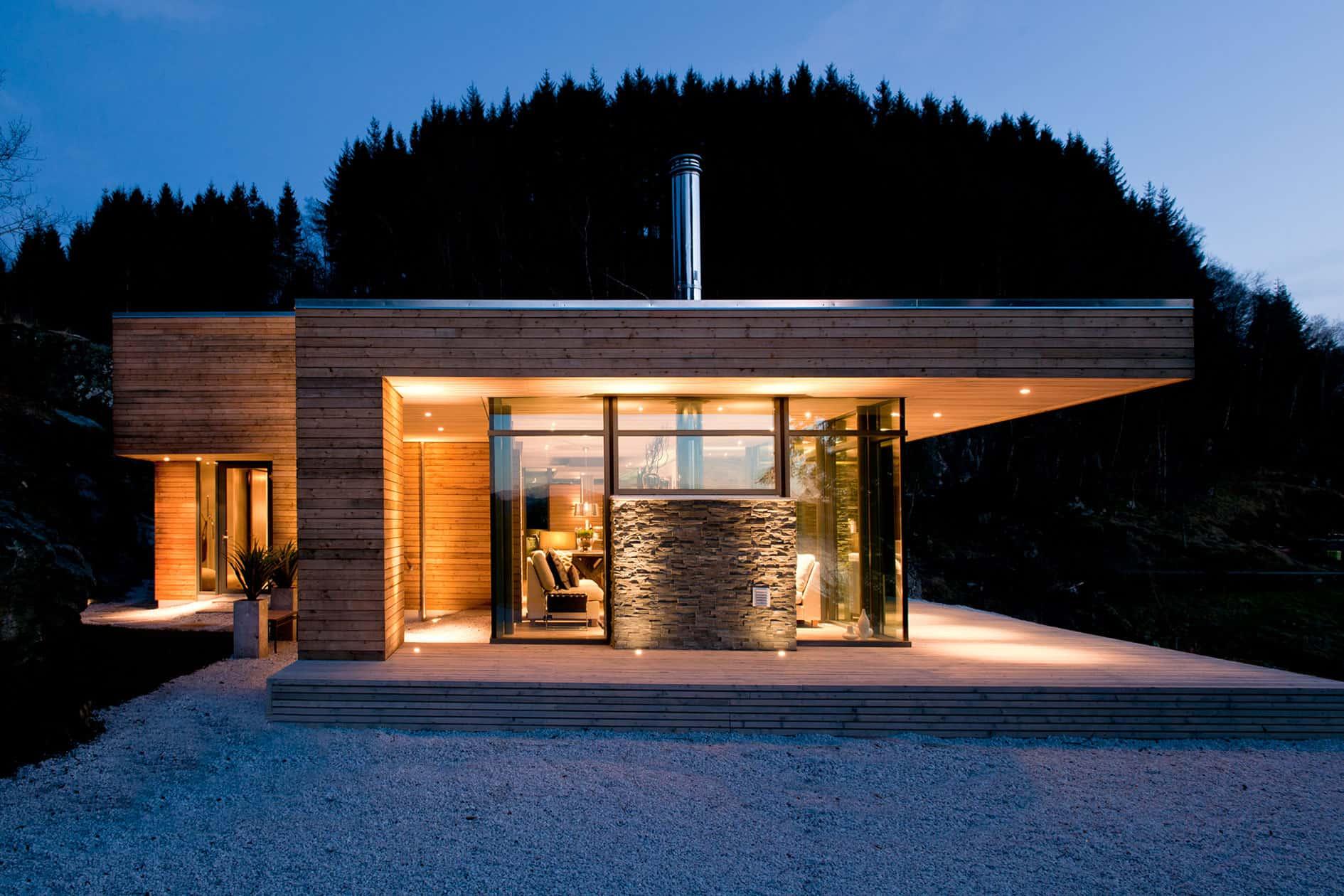 Modern Cabin GJ-9 by Gudmundur Jonsson Architect (9)