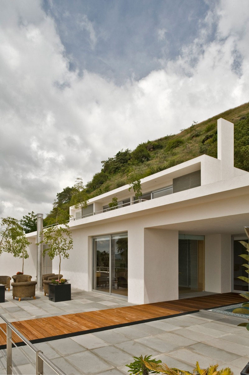 Mountain house by agraz arquitectos - House in the mountains ...