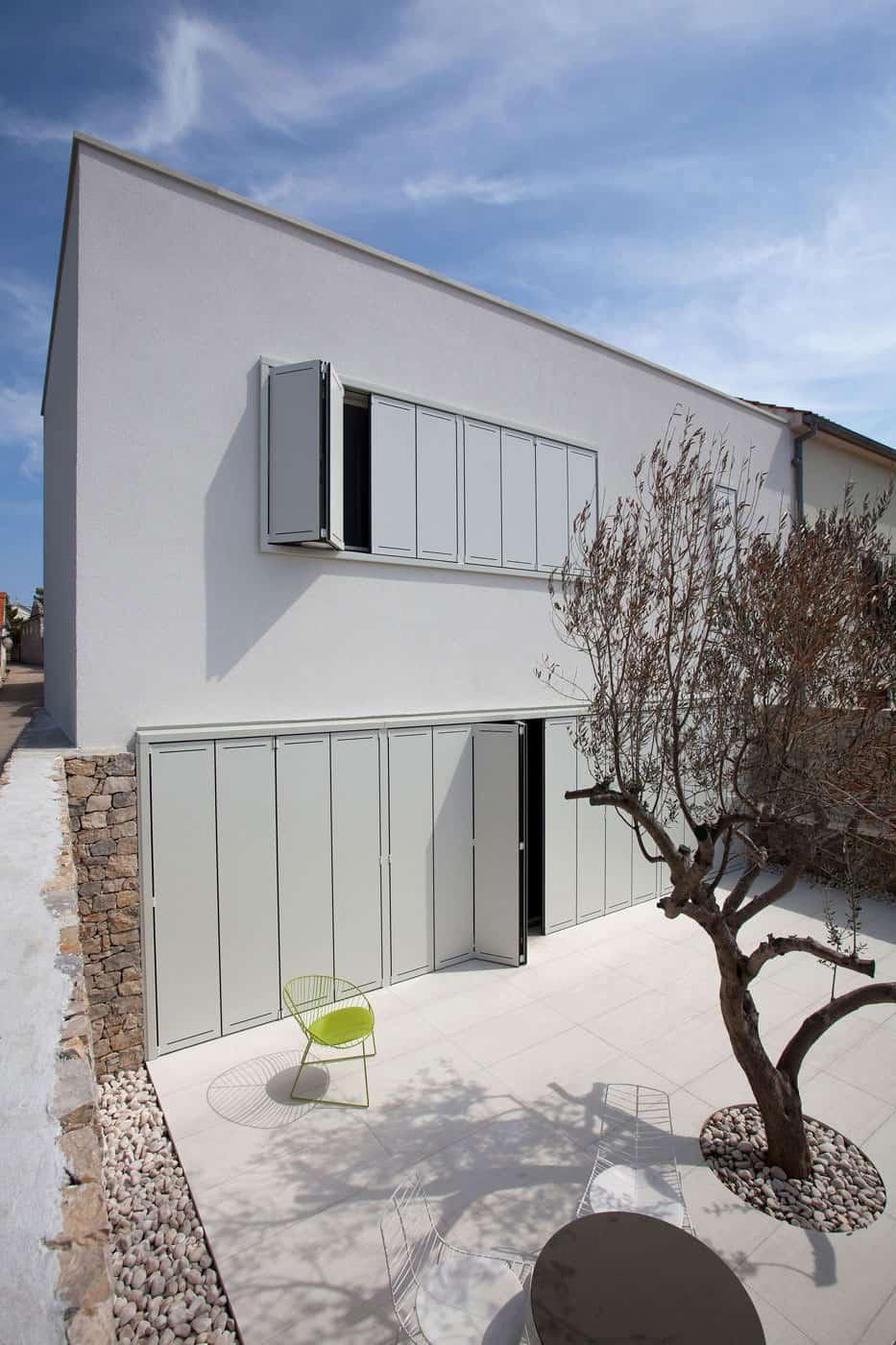 O House by Architectural Studio Fabijanić (2)