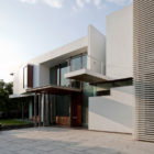 Poona House by Rajiv Saini (4)