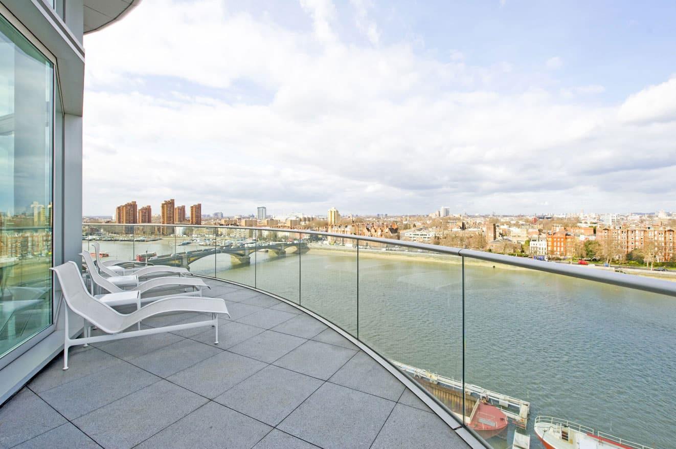 Riverside Penthouse by Richard Meier (1)