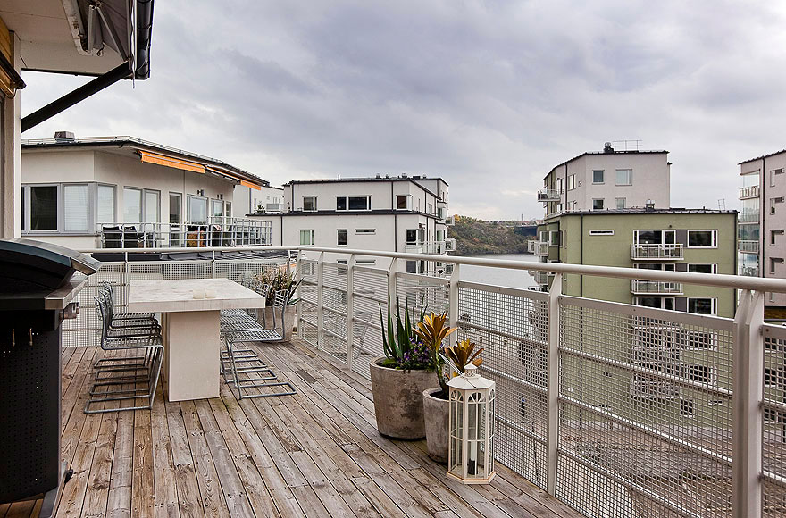 Top Floor with a Garage in Stockholm (3)