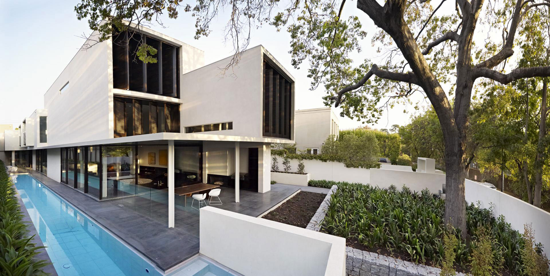 Verdant Avenue Home by Robert Mills Architects (1)