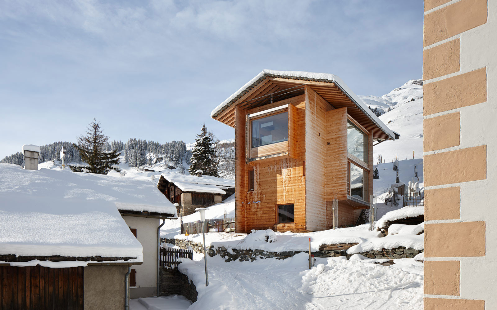 Zumthor Vacation Homes in Leis (6)