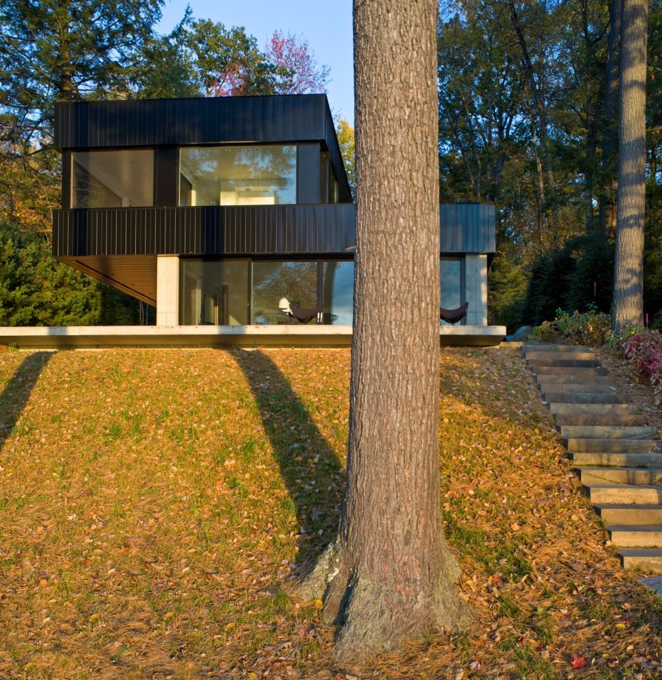 Cantilever Lake House by Brian Mac (2)