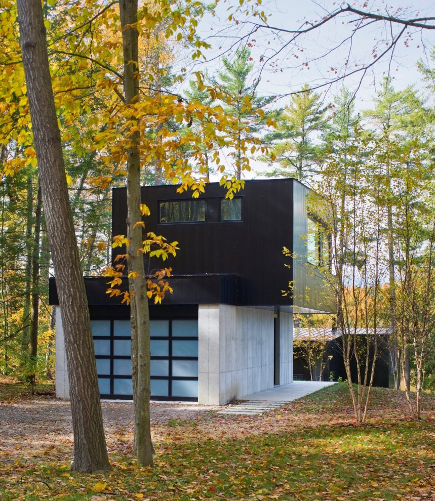 Cantilever Lake House by Brian Mac (3)