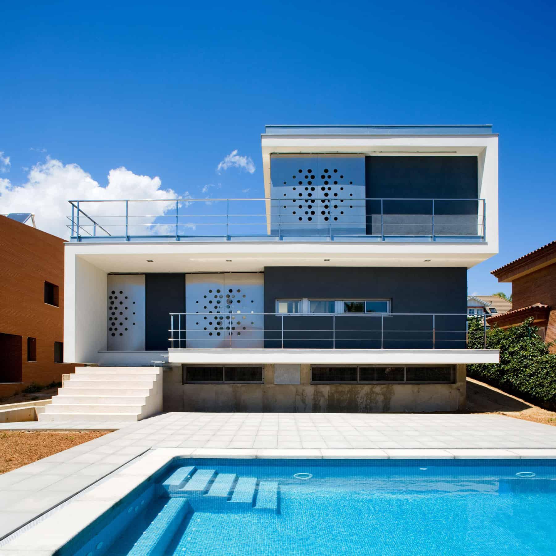 Ch_V House by Aguilera Guerrero