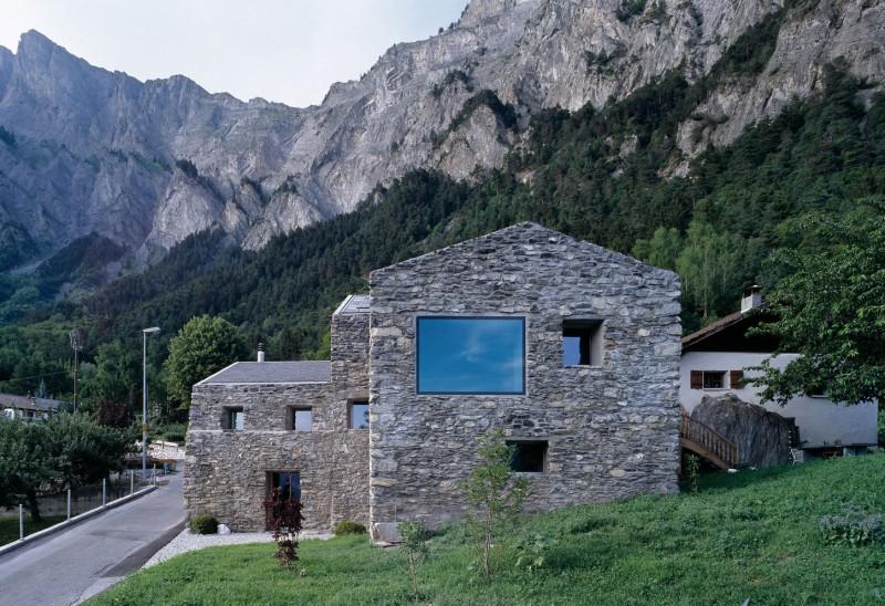 Renovation In Chamoson By Savioz Fabrizzi Architecte