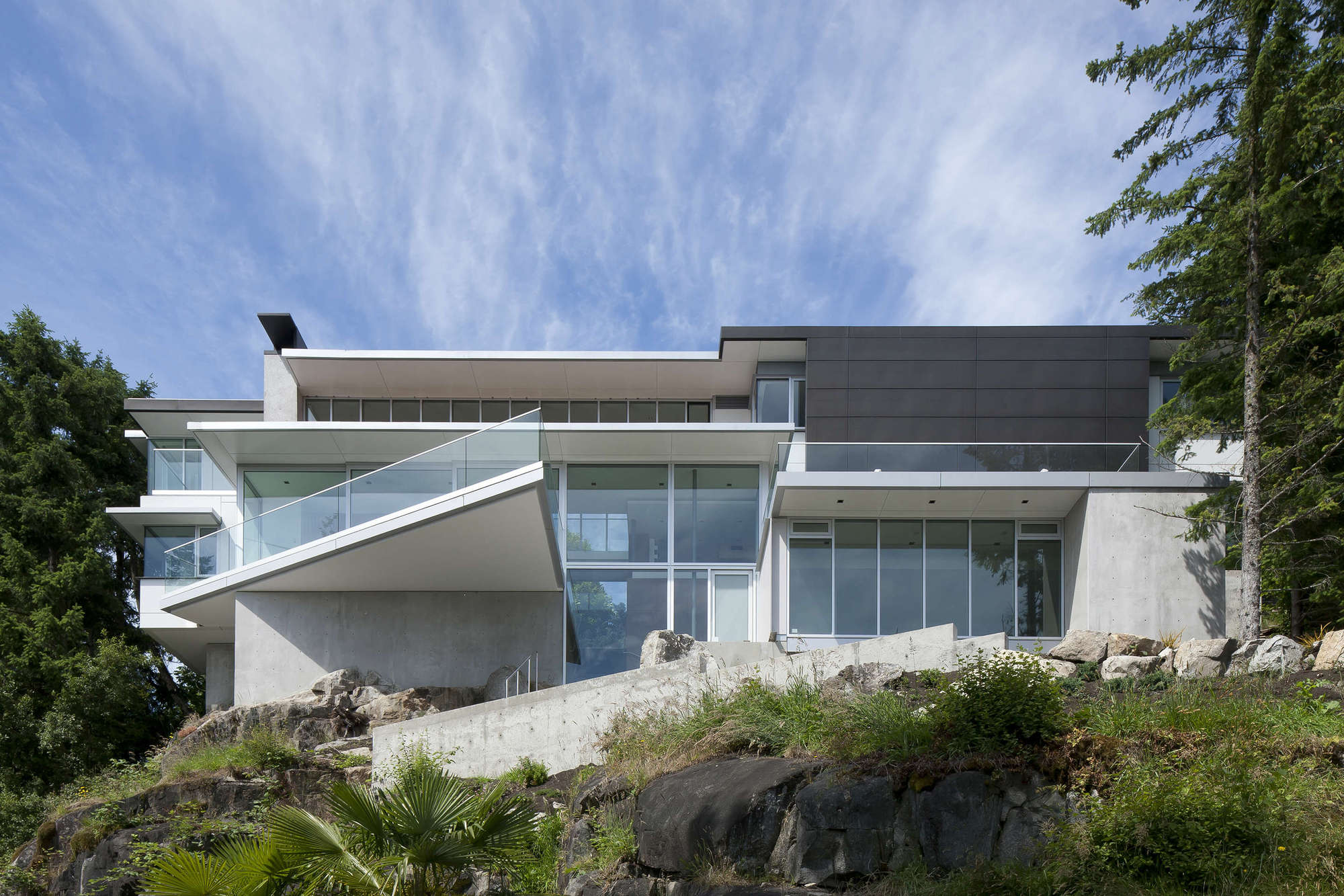 House 4249 by DGBK Architects (1)