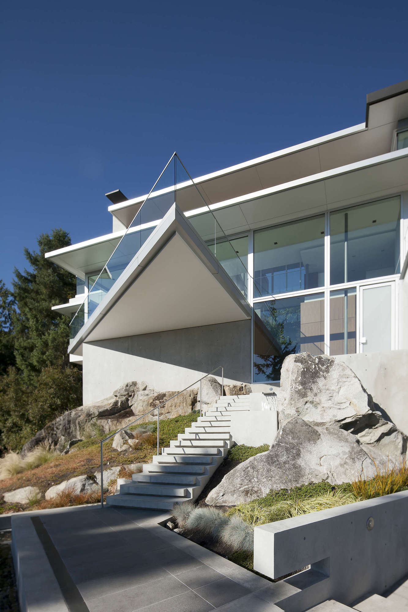 House 4249 by DGBK Architects (3)