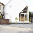 House H by Hiroyuki Shinozaki Architects (1)