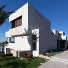 Monasterios House by Antonio Altarriba Comes (1)