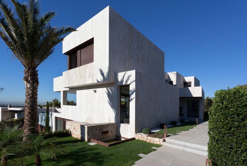 Monasterios house by antonio altarriba comes - Altarriba valencia ...