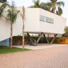Offset House by Shieh Arquitetos Associados (1)