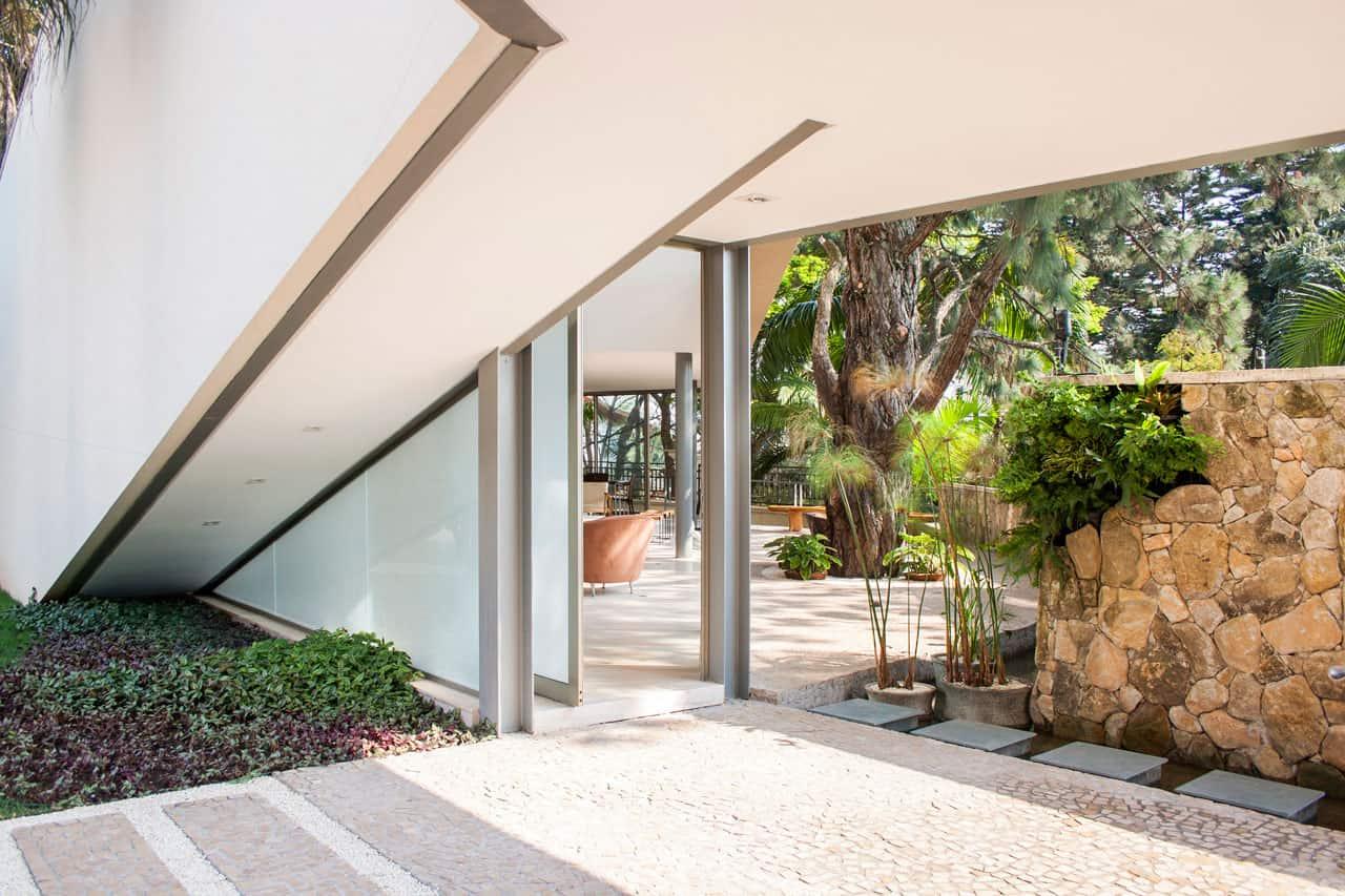 Offset House by Shieh Arquitetos Associados (5)