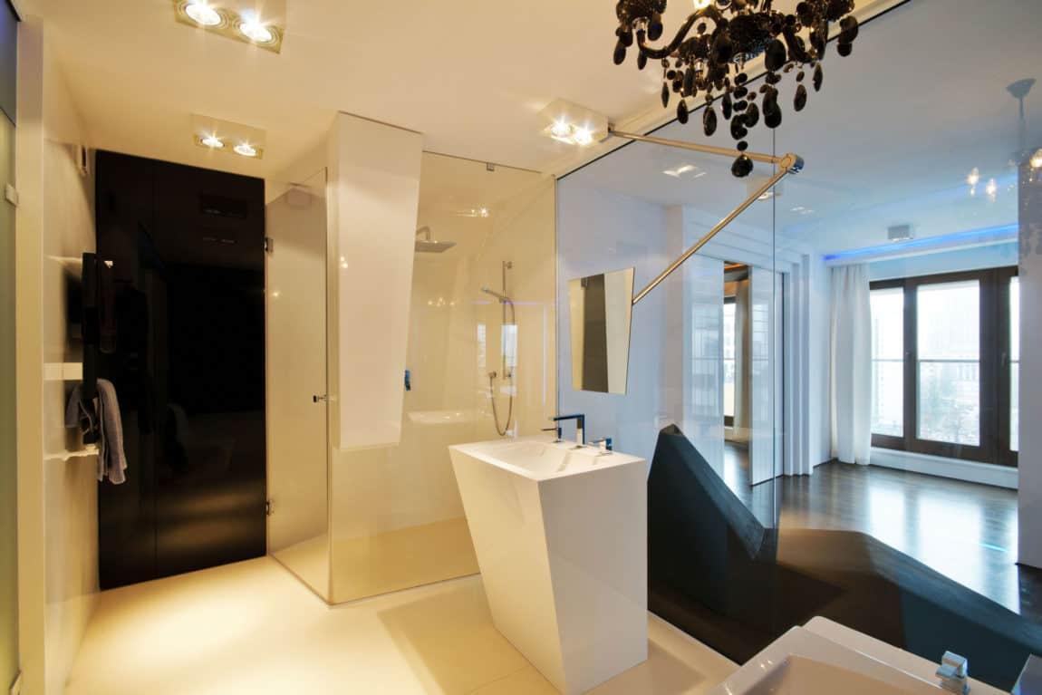 A city center apartment by hola design for Design apartment milano city center duomo