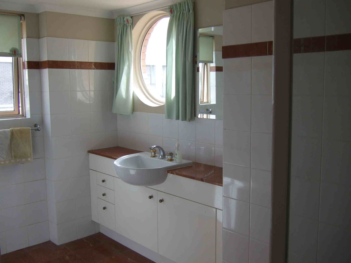 Before/After: Bondi Bathroom Remodel by Minosa Design (1)