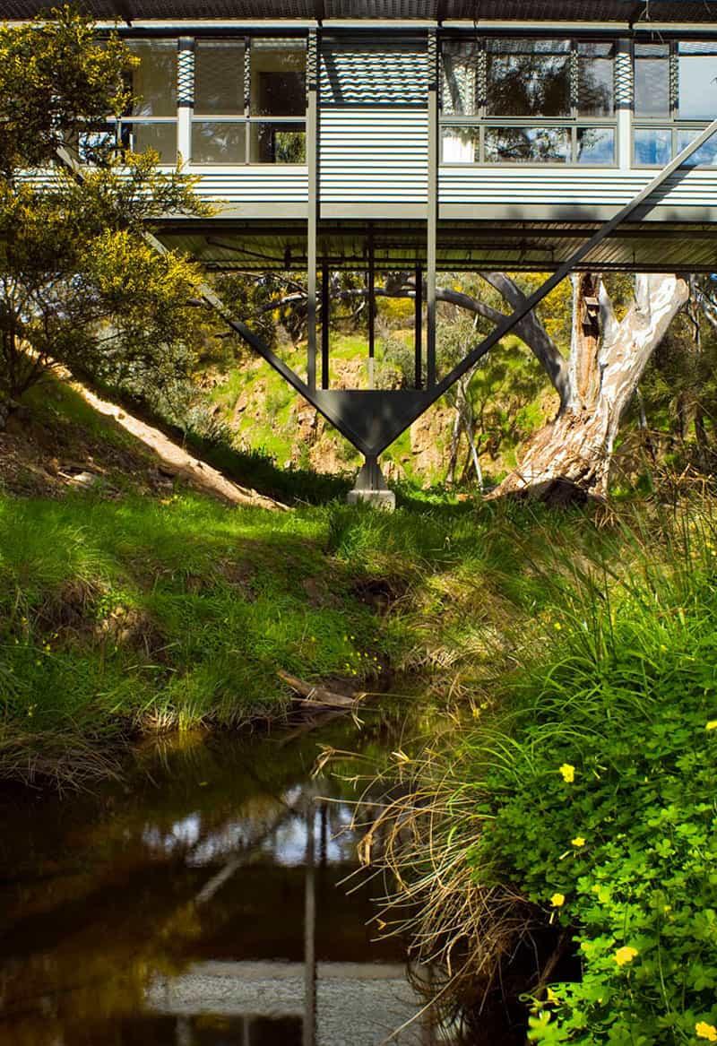 Bridge House by Max Pritchard Architect (4)