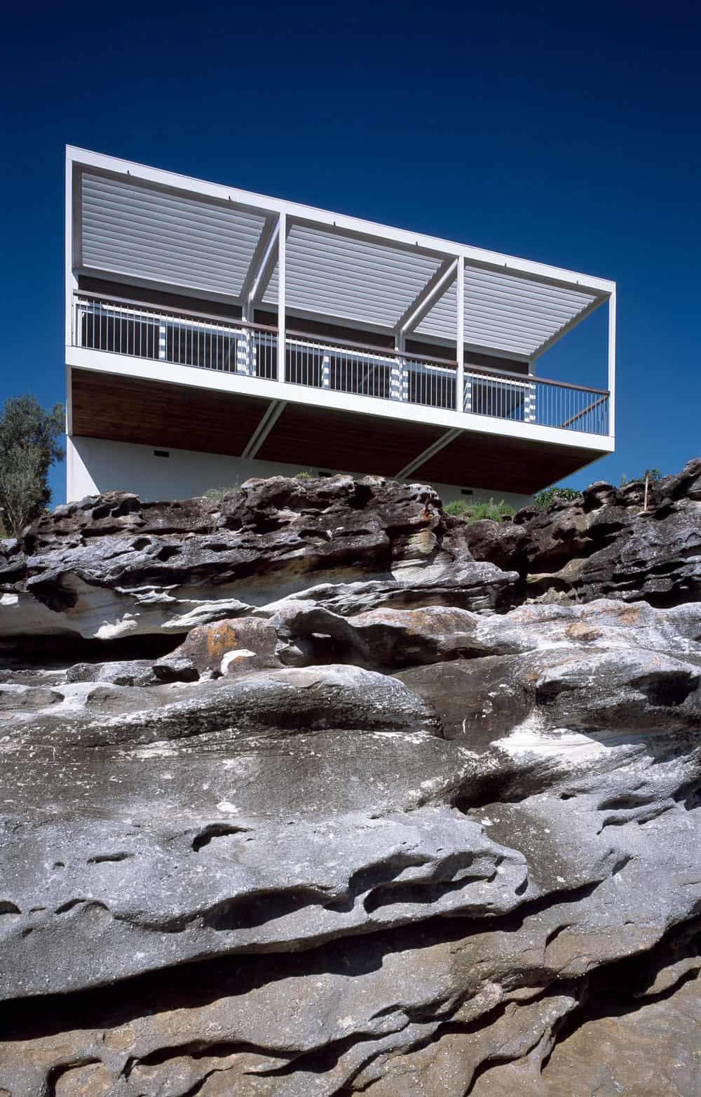 Bundeena House by Clark Pearse Architects (1)