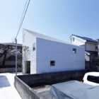 House in Shimoda-Chou by EANA  (2)
