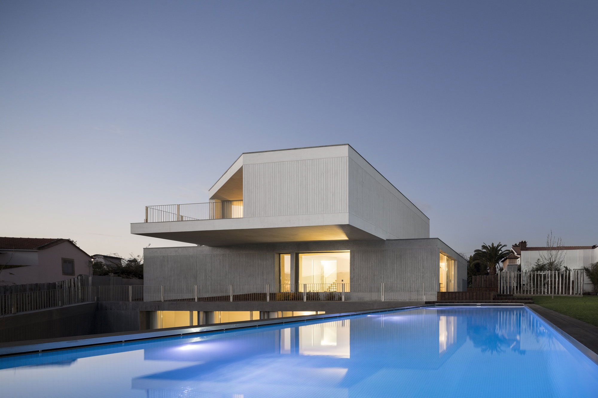 House in Travanca by Nelson Resende