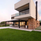 A House by Estudio GMARQ (3)