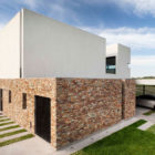 A House by Estudio GMARQ (5)