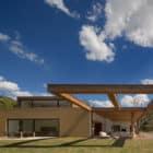 Casa Itu by Studio Arthur Casas (1)