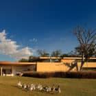 Casa Itu by Studio Arthur Casas (2)
