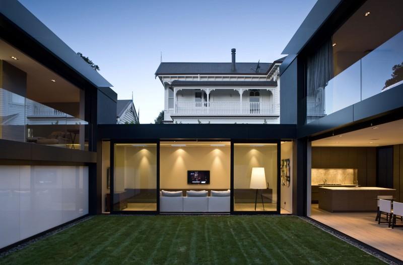 Talofa Street by Finnis Architects