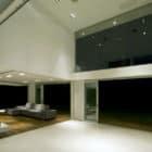 Concrete House by Vanguarda Architects (1)
