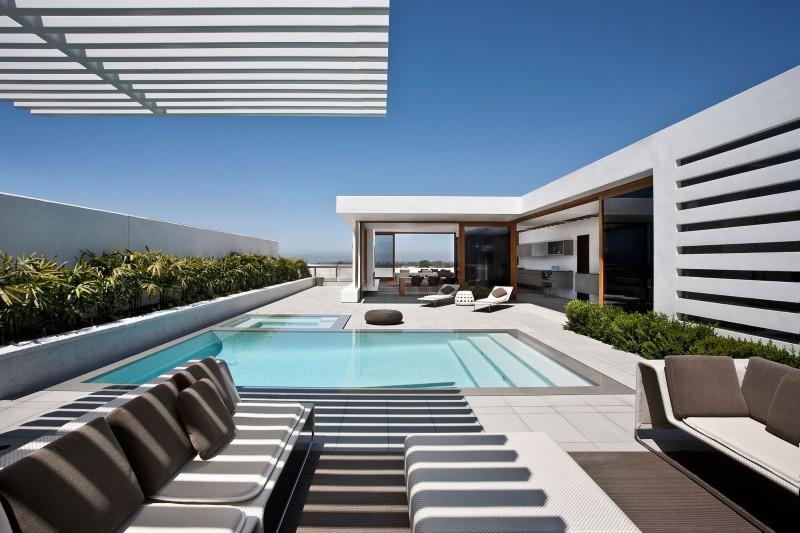 CORMAC Residence by Laidlaw Schultz Architects