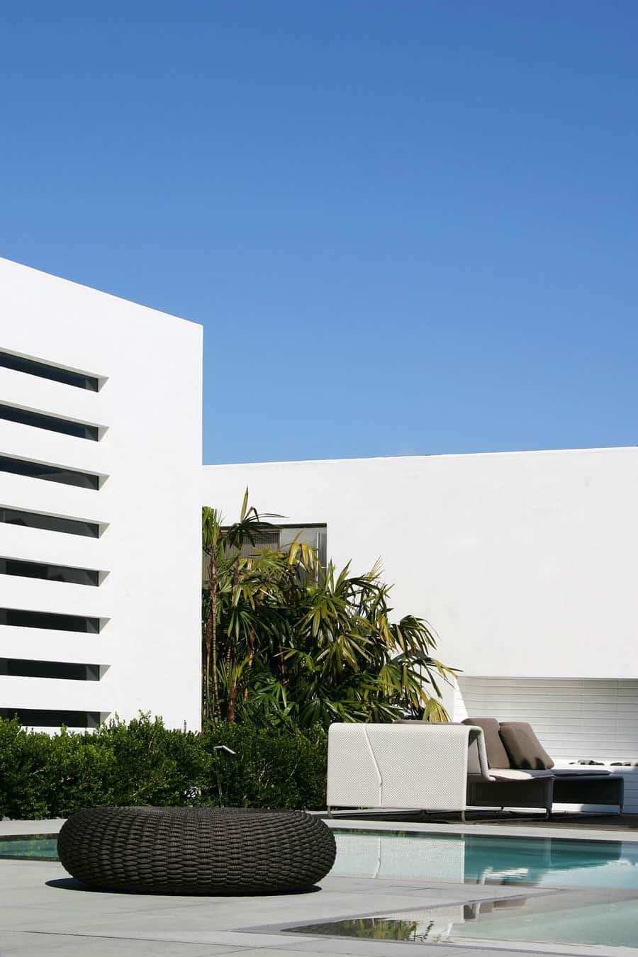 CORMAC Residence by Laidlaw Schultz Architects (5)